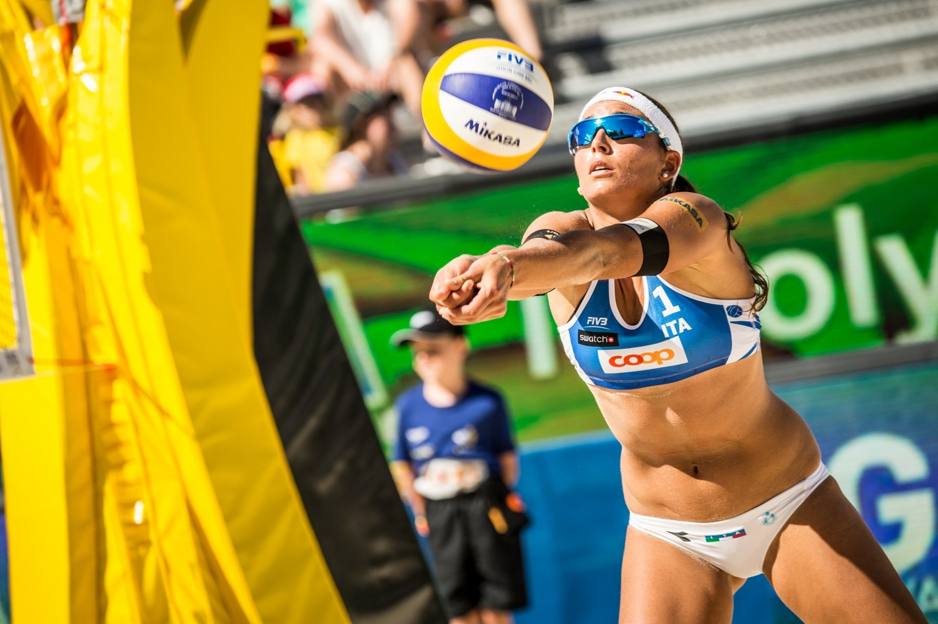 Italian star Marta Menegatti and partner Laura Giombini will debut against a Canadian team