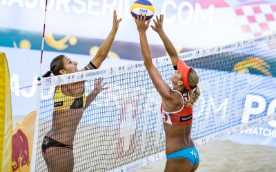 Julia answers Kira's #FTLMajor call