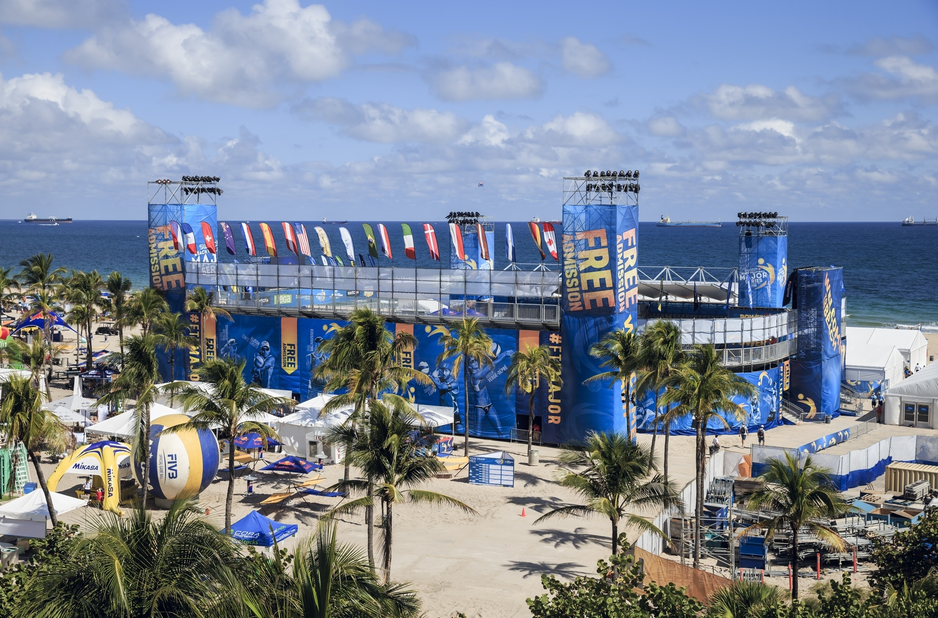 Bring on the pool play at the Fort Lauderdale Major! Photocredit: Martin Steinthaler.