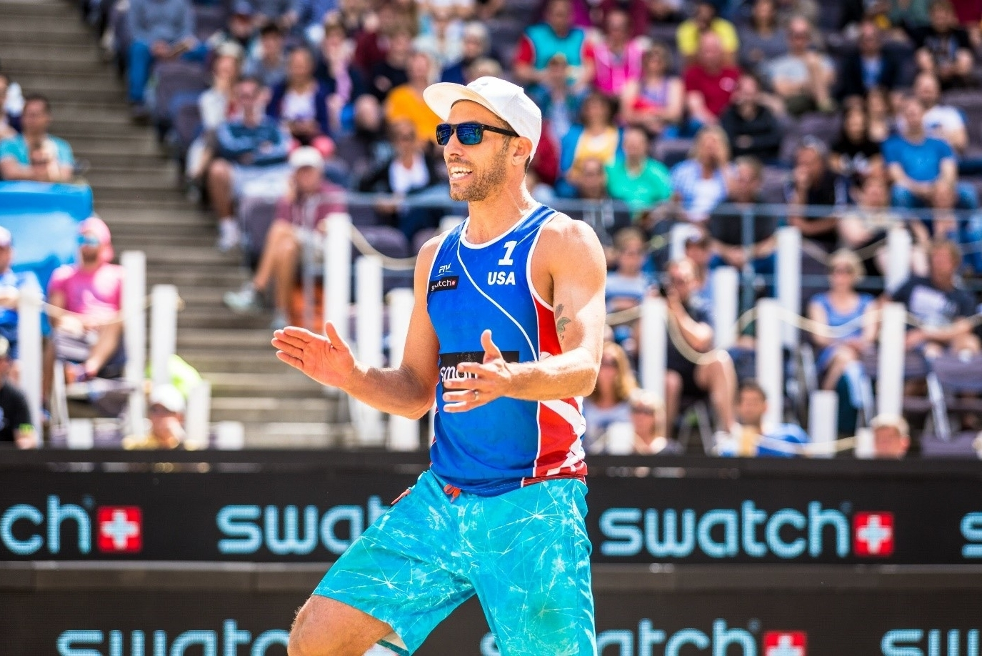 Nick celebrates winning the smart Major Hamburg – but can he win on home sand in February? Photo credit: Stefan Moertl.