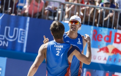 Gibb & Crabb take world champs down